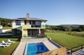 Дома в Болгарии на берегу моря